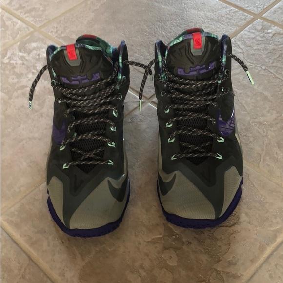 sports shoes dc29b bad9f M 5b608756dcfb5abb59385b1e